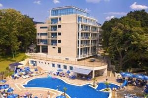 Holiday Park & Spa (Golden Sands)